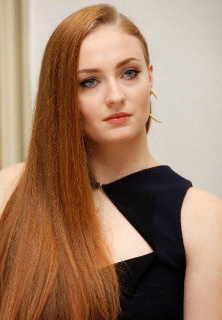 sophie turner pretty red hair got 5